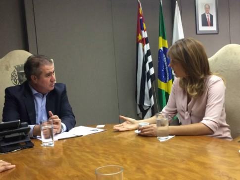 Com o prefeito Donizetti.