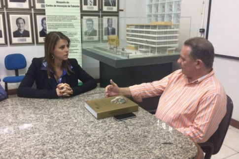 Em Tubarão, com o prefeito Joares Ponticelli