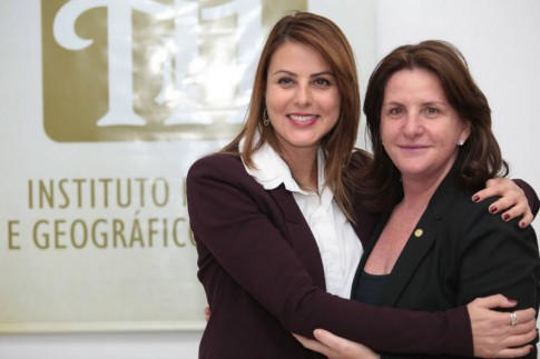 Com a grande amiga, Deputada Carmen Zanotto