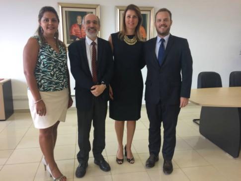 Diretor de Direito USP, Umberto Celli Jr, profs. Camilo Zufelato e Cíntia Pereira de Lima.